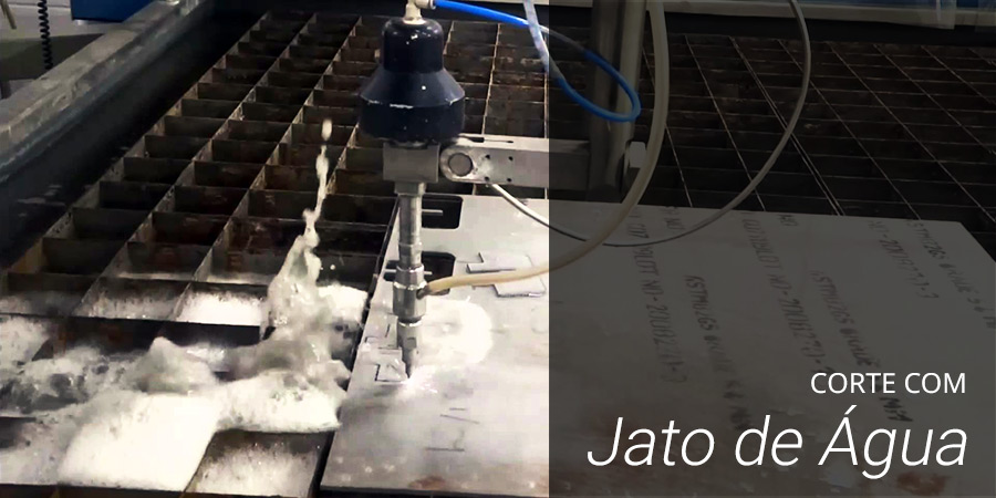 Corte com jato de água
