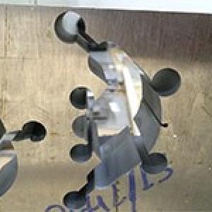 Corte laser de titânio